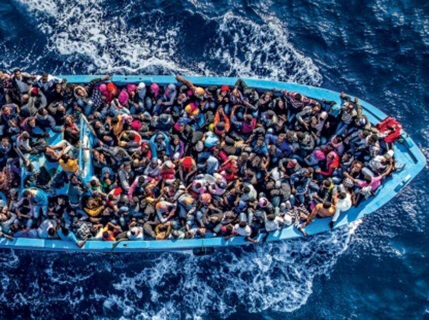 barconi-immigrati-kCwG-U4605055662446aXG-1224x916@CorriereMezzogiorno-Web-Mezzogiorno.jpg