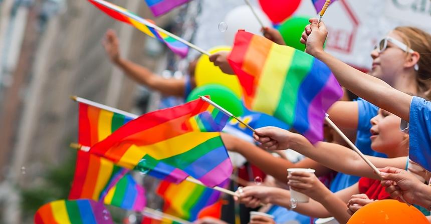 1494861757-gay-pride