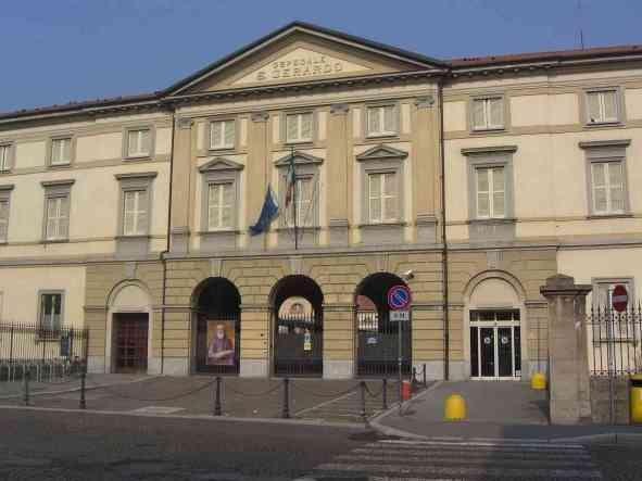 Monza-Ospedale-San-Gerardo-vecchio-facciata-1896.jpg